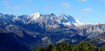 Tapeta: Alpy v Provence