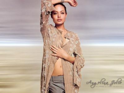 Tapeta: Angelina Jolie 9