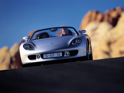 Tapeta: Carrera GT 4