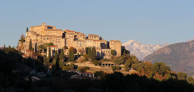 Tapeta: Carros, Alpes Maritimes