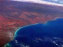 Tapeta Červené pobřeží