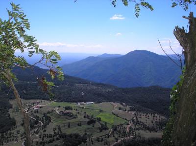 Tapeta: E-Zona volcanica-Garrotxa 06