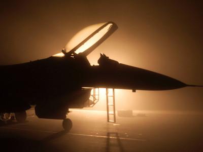 Tapeta: F-16 falcon
