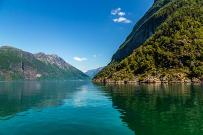 Tapeta: Geirangerfjord3, Norsko