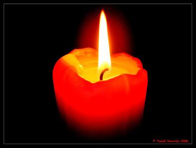 Tapeta: Hořící Svíčka