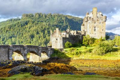 Tapeta: Hrad Eilean Donan, Skotsko