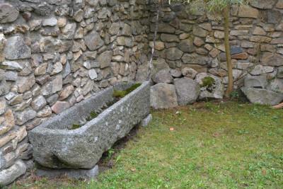 Tapeta: Kamenné koryto