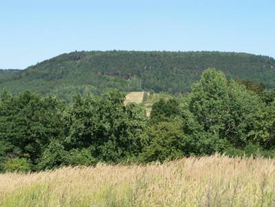 Tapeta: kopec Bor -Konětopy
