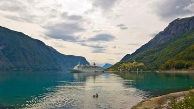 Tapeta: Lustrafjord, Norsko