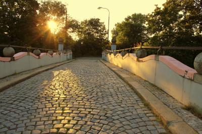 Tapeta: Na mostě7