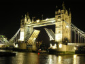 Tapeta Otevřený Tower Bridge