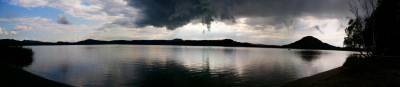Tapeta: Panorama jezera