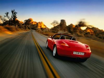 Tapeta: Porsche Boxster na poušti