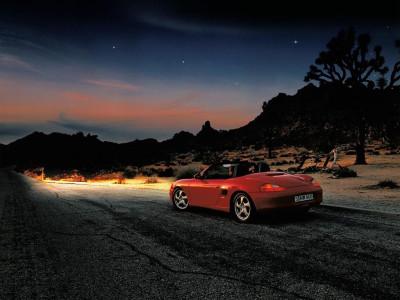 Tapeta: Porsche Boxster v noci