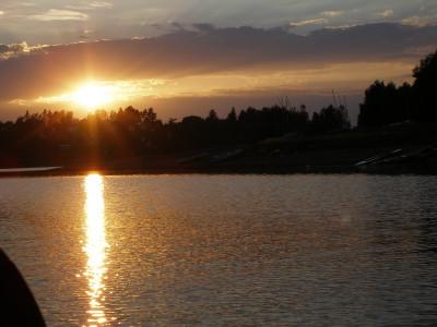 Tapeta: Přehrada Seč-západ slunce-loď
