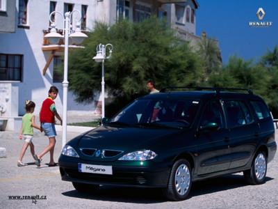 Tapeta: Renault Megane Combi