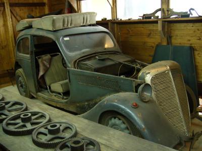 Tapeta: Staré krásné auto