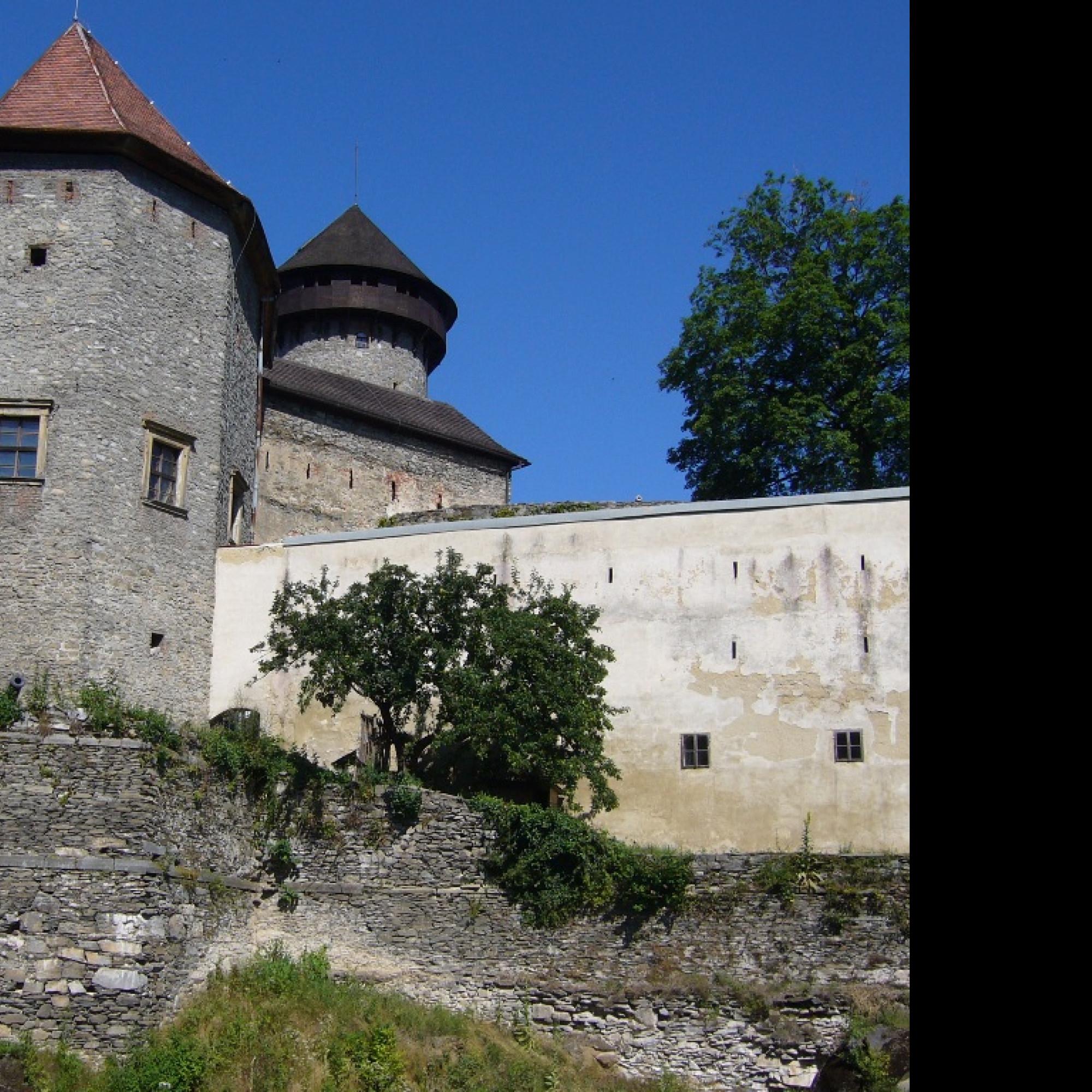 Tapeta tapeta_hrad_sovinec