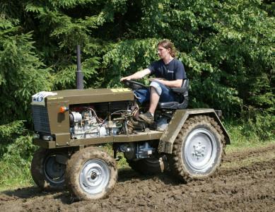 Tapeta: traktoriáda 3