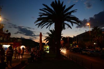 Tapeta: Večerní Makarska