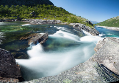 Tapeta: Vodopád Husedalen, Norsko