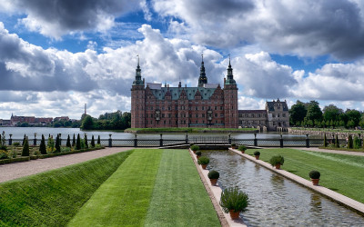 Tapeta: Zámek Frederiksborg, Dánsko