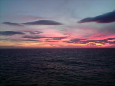 Tapeta: Západ slunce nad Atlantikem