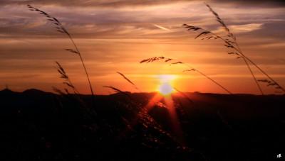 Tapeta: Zapad slunce nad Buchlovem