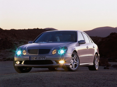 http://www.wallpaper.cz/primo/old_ir/mercedes_benz_amg--400x300.jpg